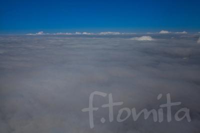 乱層雲(上空より).jpg