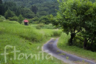 観音堂のある風景_宮城県白石市.jpg