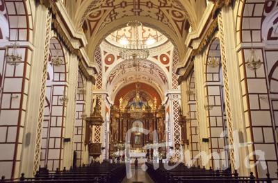 4−1Bサンフランシスコ教会・修道院.jpg