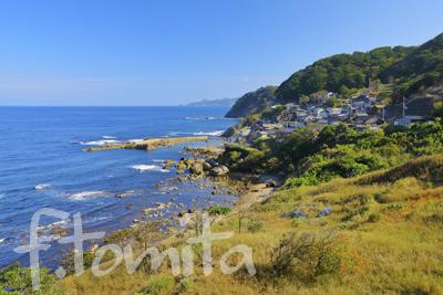 B1海沿いの磯集落.jpg