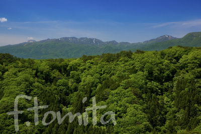 B新緑の那須連山.jpg