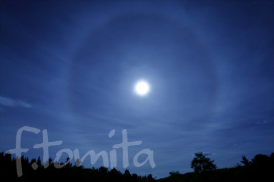 B月の暈.jpg