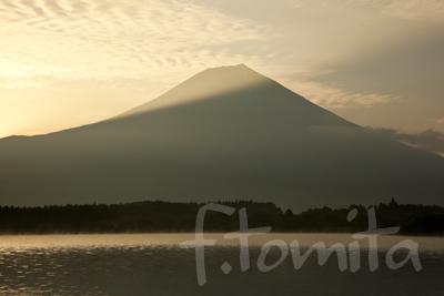 B3田貫湖より朝の富士山.jpg