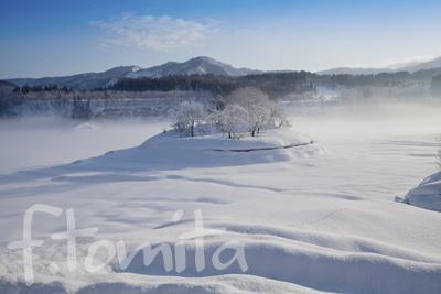 B3雪の皆瀬川.jpg