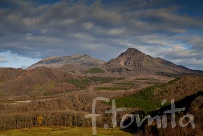 B5大山と烏ヶ山.jpg