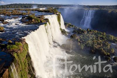B6イグアスの滝.jpg