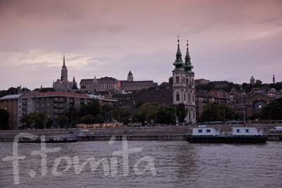 ハンガリー、ブタペスト、ドナウ川.jpg