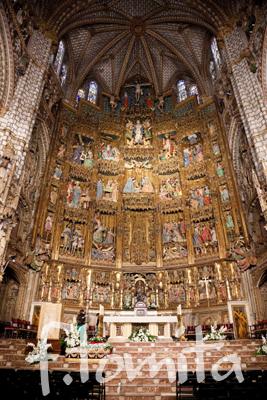 大聖堂の祭壇.jpg
