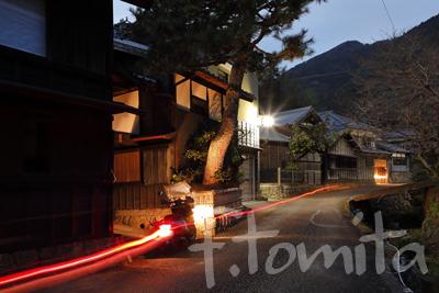 B3花沢集落の夜.jpg