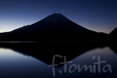 B2黎明、精進湖.jpg